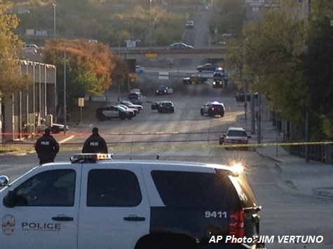 Gunmen Attacks Mexican Consulate in Texas and Tries to Burn it Down.